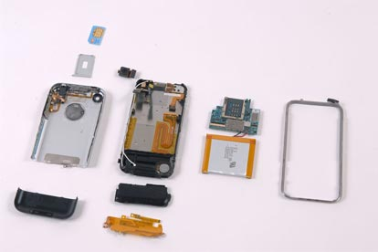 Ecco come si presenta l'iPhone disassemblato