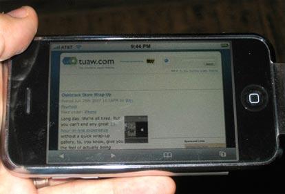 Parola agli utenti: prime impressioni sull'iPhone