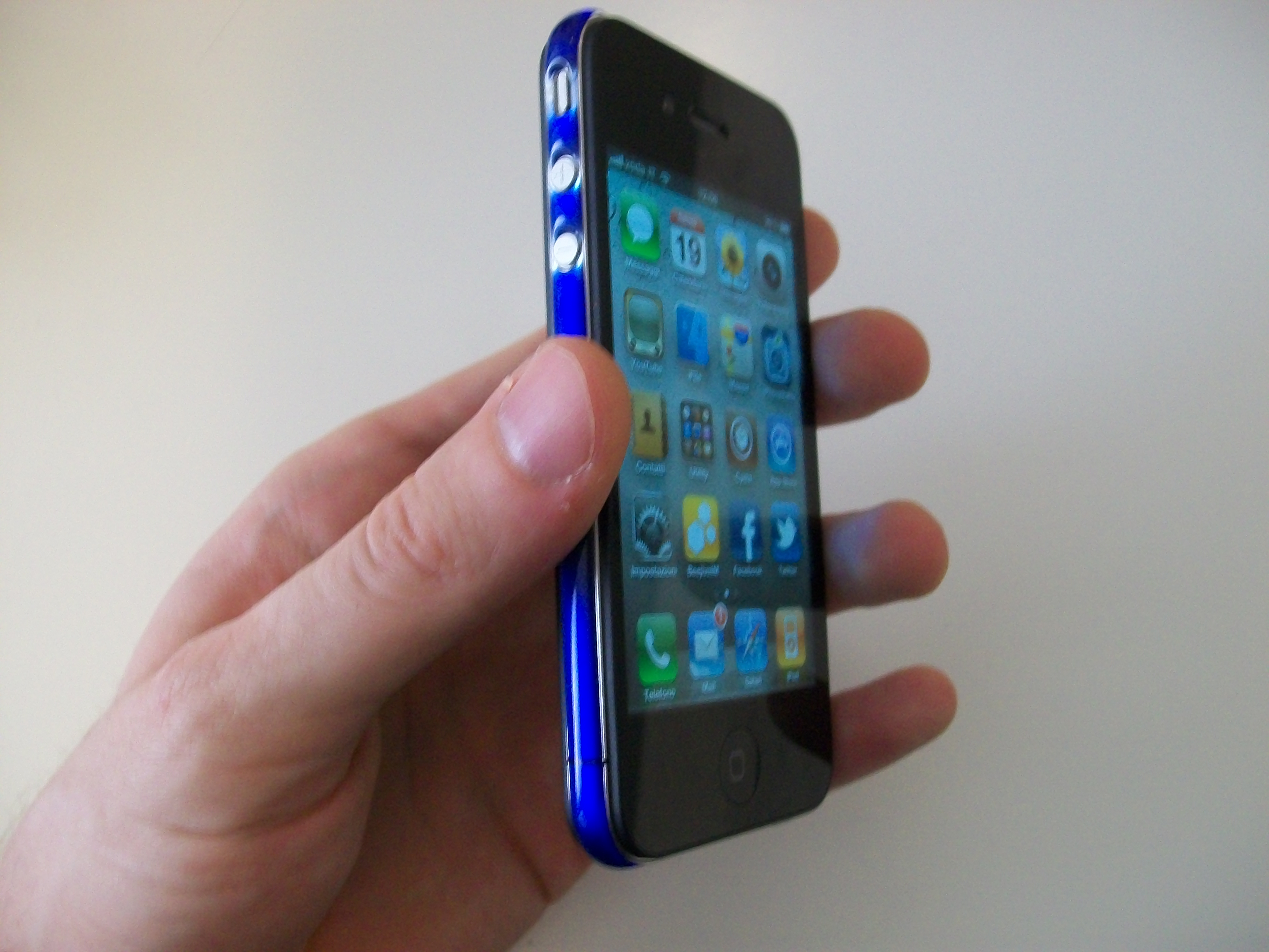 iphone con o senza cover