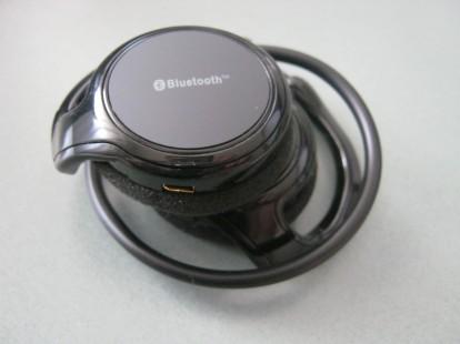 Cuffie bluetooth stereo per lo sport by thinkhands la recensione di iphoneitalia iphone italia - Cuffie per sport ...