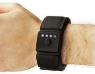 Da Groupon braccialetto con ricarica d'emergenza compatibile con iPhone