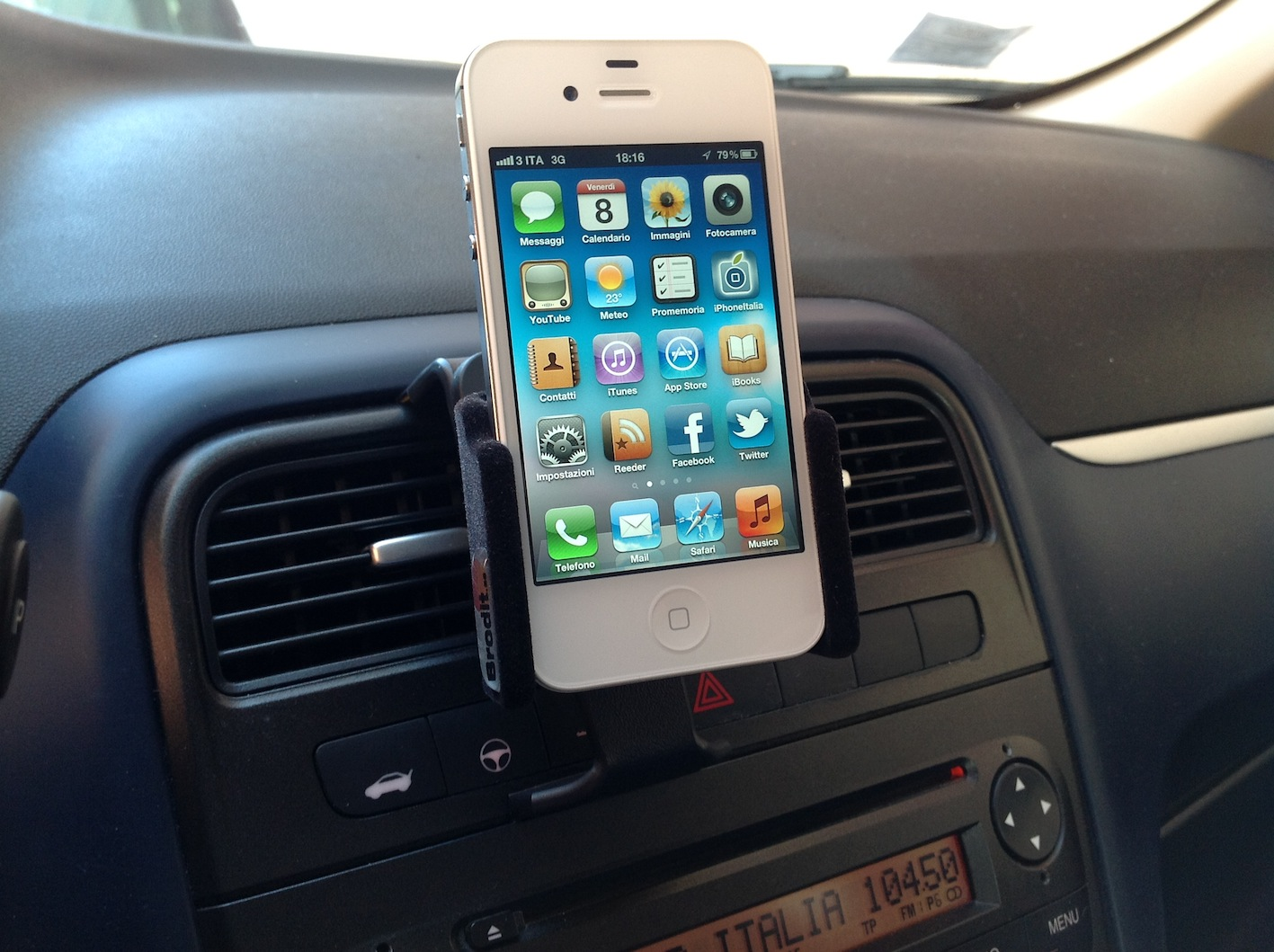 Brodit il supporto per iphone da auto configurabile - Porta iphone auto ...
