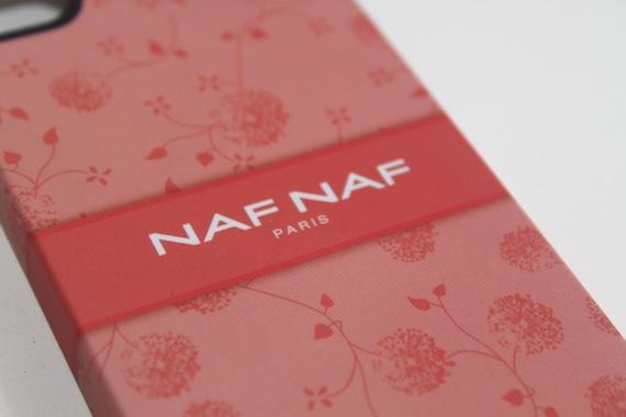 proporta naf naf paris le custodie eleganti per iphone 4 4s la recensione di iphoneitalia. Black Bedroom Furniture Sets. Home Design Ideas