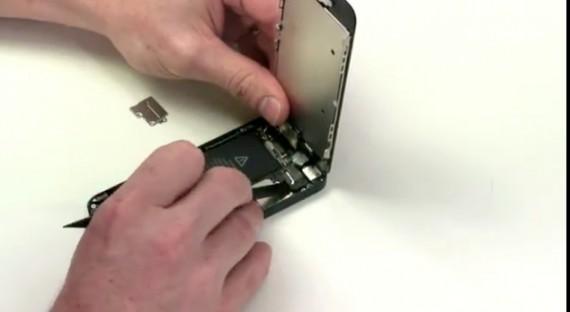 Come aprire iphone 4