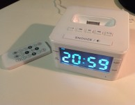Docking station con orologio e radiosveglia per iPod/iPhone – La recensione di iPhoneItalia