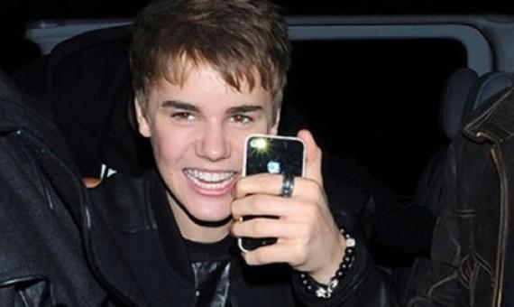 justin-bieber-teen-iphone