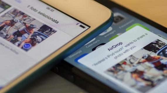 trasferire foto da iphone a ipad airdrop