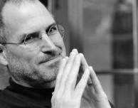 """Tim Cook scrive ai dipendenti: """"Ricordiamo Steve Jobs a tre anni dalla scomparsa"""""""