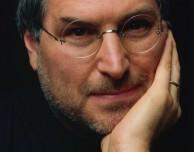"""Tim Cook ricorda Steve Jobs: """"Oggi avresti compiuto 60 anni"""""""