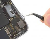 L'iPhone 6S resiste maggiormente all'acqua, lo conferma iFixit
