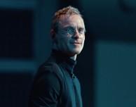 """Michael Fassbender racconta come si è """"vestito"""" da Steve Jobs"""