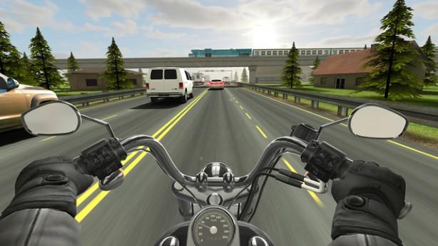 Traffic Rider: quanto riuscirai ad arrivare lontano a bordo della tua moto?
