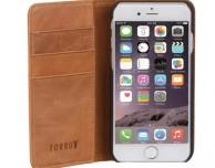 """""""Gli imperdibili"""": caricatore USB da muro, custodia in pelle per iPhone, batteria esterna e tanto altro ancora"""