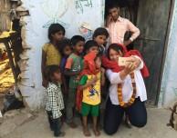 Lisa Jackson di Apple fa visita ad una scuola indiana che utilizza gli iPad…