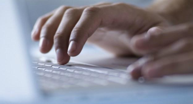 Attacco Hacker, 272 milioni di account di posta elettronica violati