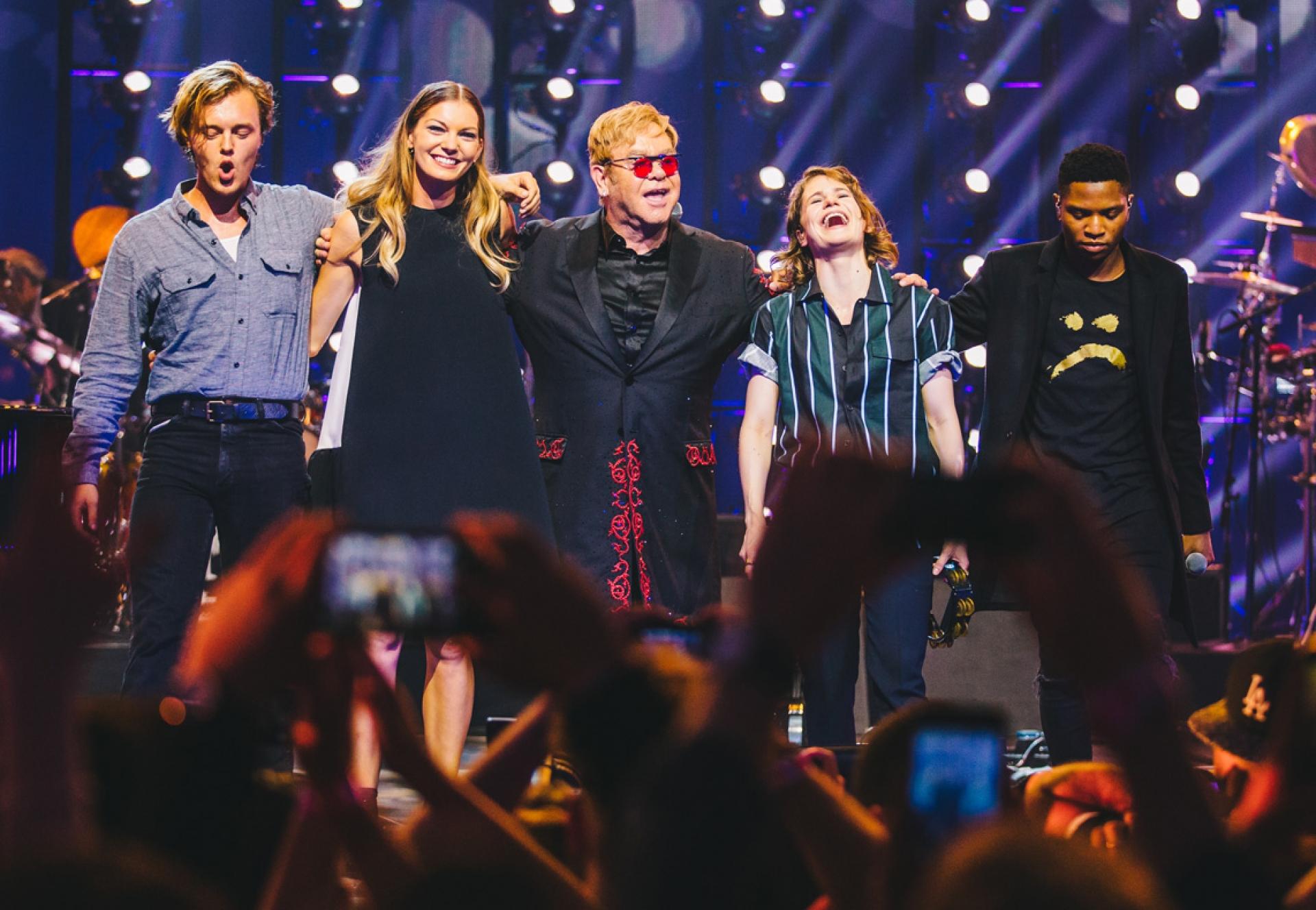 Pubblicate alcune foto del Apple Music Festival 10