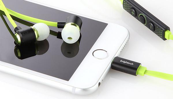 brighttech-earphones-lightning