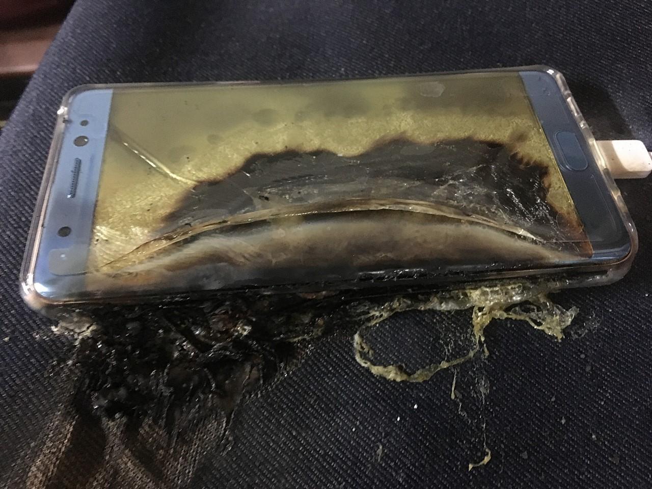Samsung paga la fretta di lanciare il Note 7 prima del nuovo iPhone