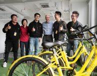 Tim Cook fa visita ad alcune startup cinesi