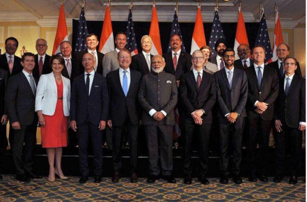 Tim Cook e altri leader della Silicon Valley incontrano il Primo Ministro indiano