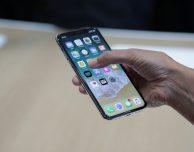 L'iPhone X costa meno di… caffè e cornetto!
