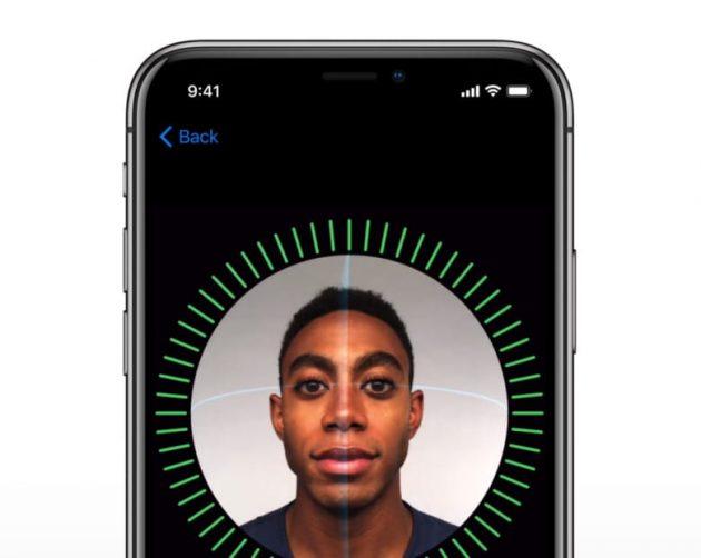 Ming-Chi Kuo: nel 2018 tutti gli iPhone abbandoneranno il Touch ID