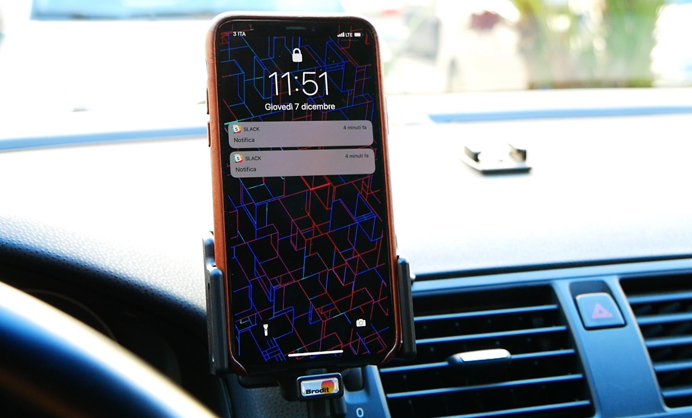 33864ce624cff0 Brodit: ecco i supporti auto per iPhone X – RECENSIONE .