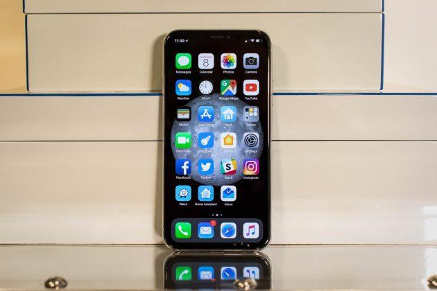"""Makuz News iphonex1-630x420 I tre iPhone del 2018 avranno la """"notch"""" in stile iPhone X – Rumor apple design iphone 2018 iPhone X News notch Rumor Senza categoria tacca  telodogratis notizie makuz loxc facebook blog"""
