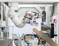 Ecco Daisy, il nuovo robot Apple che smonta gli iPhone per il riciclo