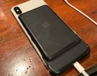 L'icona di una Smart Battery Case per iPhone XS appare su iOS 12.1.2