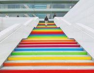 Apple Park si tinge di arcobaleno per celebrare Steve Jobs e l'apertura del campus