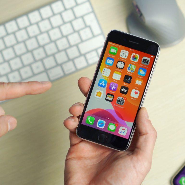 Il nuovo iPhone SE non arriverà nella prima metà del 2021 ...