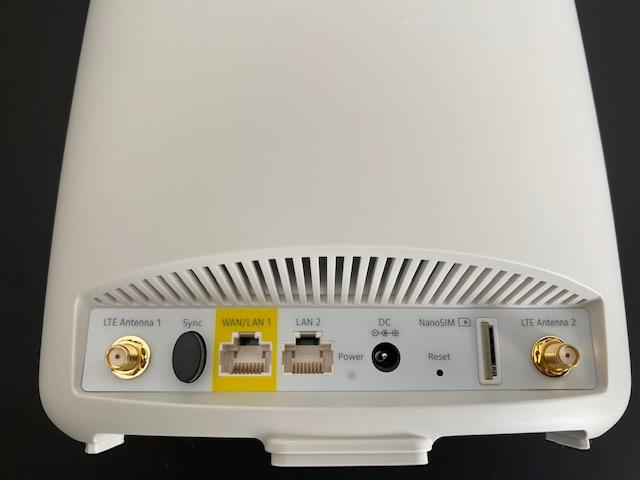 Orbi 4G LTE retro