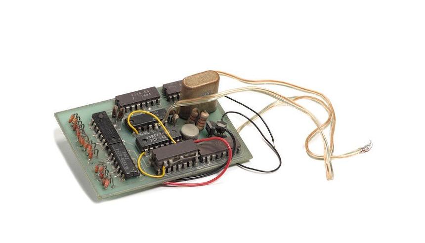 La Blue Box ideata da Steve Wozniak fini …